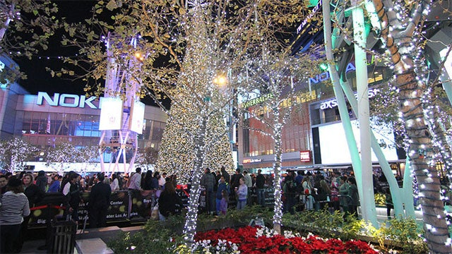 Your Holiday Guide to L.A. LIVE - Your Holiday Guide To L.A. LIVE L.A. LIVE