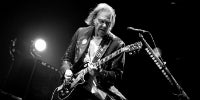 Neil-Young-New-Album-News-200x100.jpg