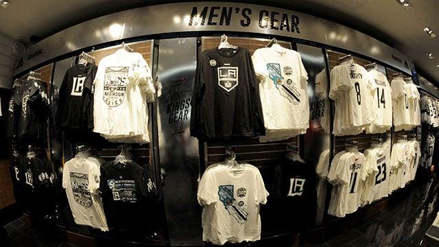 buy popular e2068 994b5 TEAM LA Store | L.A. LIVE