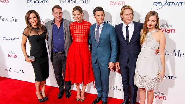 Stars Share Lessons of Love at 'The Best of Me' Premiere